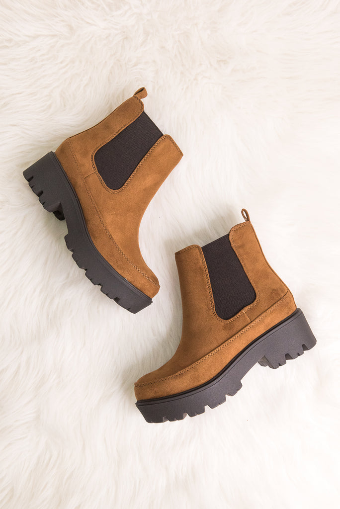 Checkmate Booties in Russet