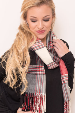 Back to December Scarf in Black/Red