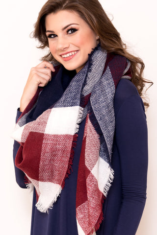 Autumn Breeze Scarf in Maroon/Navy