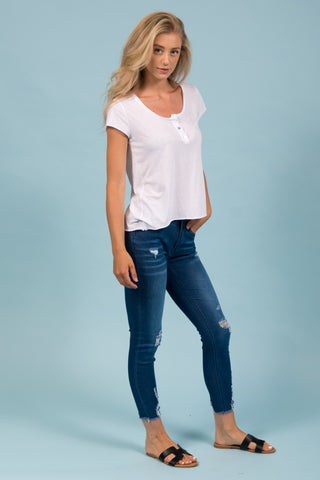 Aria Jeans in Medium