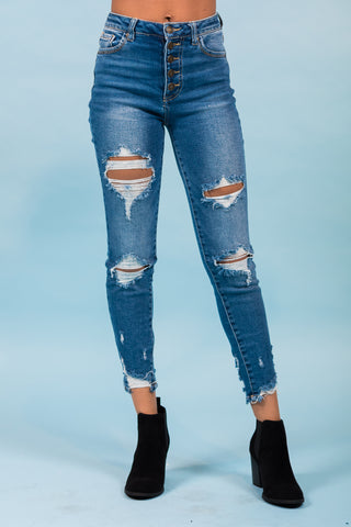 Nikki Jeans in Medium