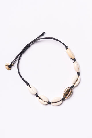 Sayla Bracelet in Black Cowrie Shell