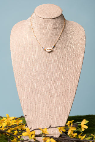 Lola Necklace in Gold Cowrie Shell