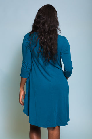 Syracuse V-Neck Dress in 3/4 Sleeves in Teal
