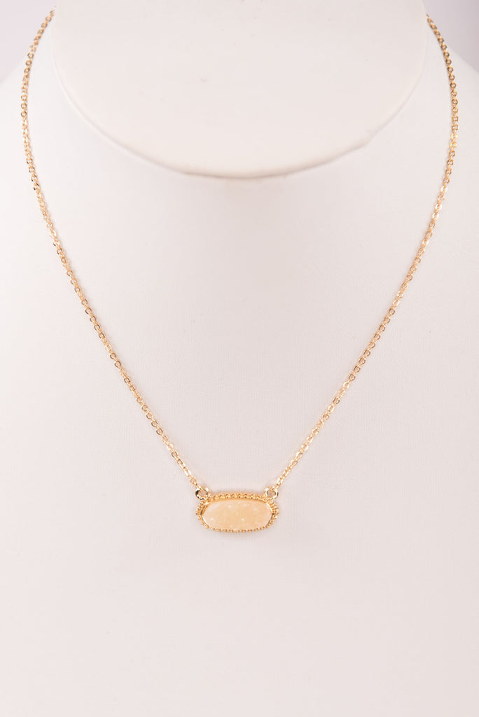 Kendall Necklace in Ivory