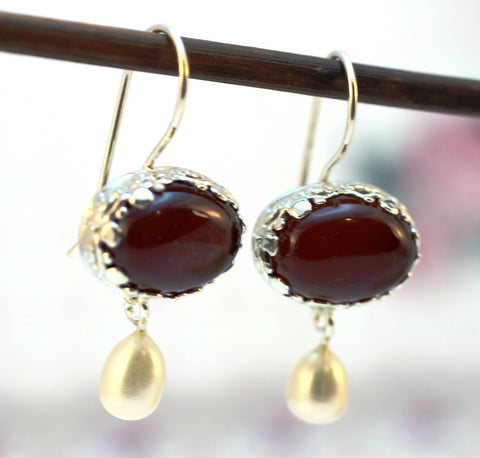 Silver Earrings with Carnelian and White Pearl