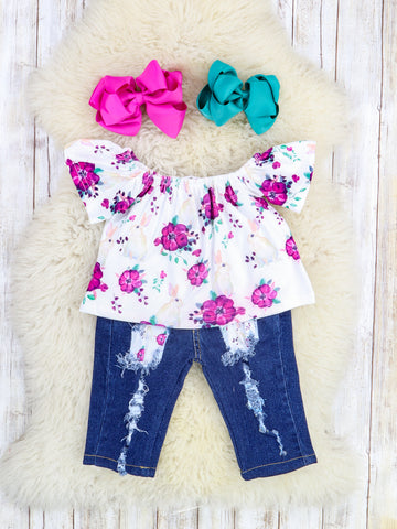 White / Magenta Floral Ruffle Top & Distressed Denim Outfit