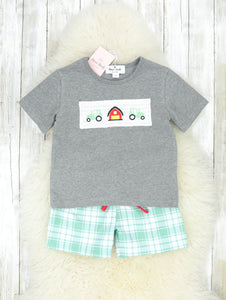 Green Plaid Farm Shorts Outfit