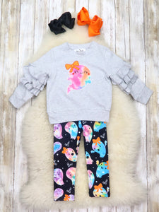 Gray Ghost Ruffle Top & Leggings Outfit