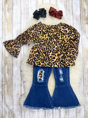 Leopard Print Ruffle Top & Distressed Denim Bell Bottoms Outfit