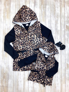 Mom & Me Leopard Vest & Black Shirt Set