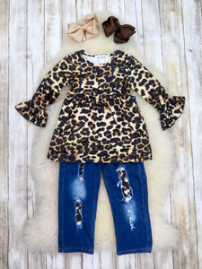 Leopard Tunic & Distressed Denim Outfit