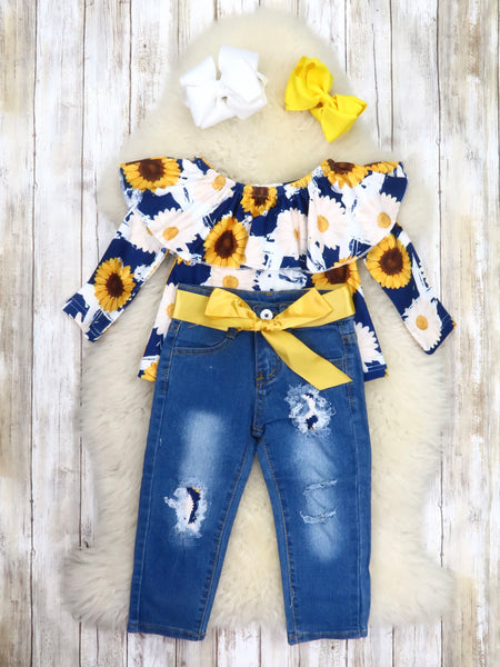Navy Sunflower Ruffle Top & Distressed Denim Outfit