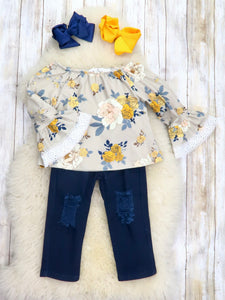 Floral Ruffle Top & Distressed Navy Pants Outfit