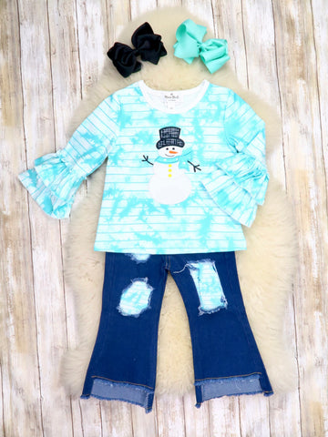 Blue Tie-Dye Snowman Top & Distressed Denim Outfit