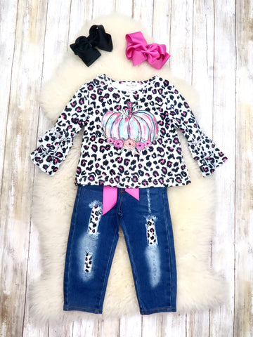 Pink Leopard Pumpkin & Distressed Denim Outfit