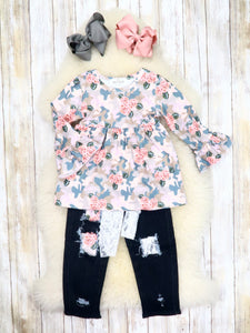 Camouflage Floral Ruffle Top & Black Denim Pants Outfit