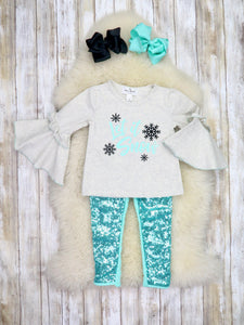 """Let it Snow"" Bell Sleeve Top & Sequin Pants Outfit"