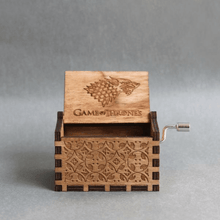 Game of thrones emblem wooden music box.