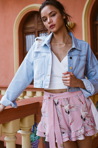 NEW YORK CROPPED DENIM JACKET