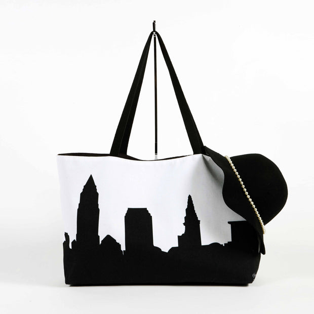 Indianapolis IN Skyline Weekender Tote