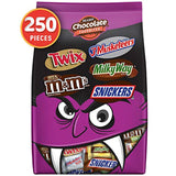 SNICKERS, TWIX, MILKY WAY, 3 MUSKETEERS & Milk Chocolate M&M'S Halloween Candy Bars Variety Mix 96.2-Ounce 250-Piece Bag