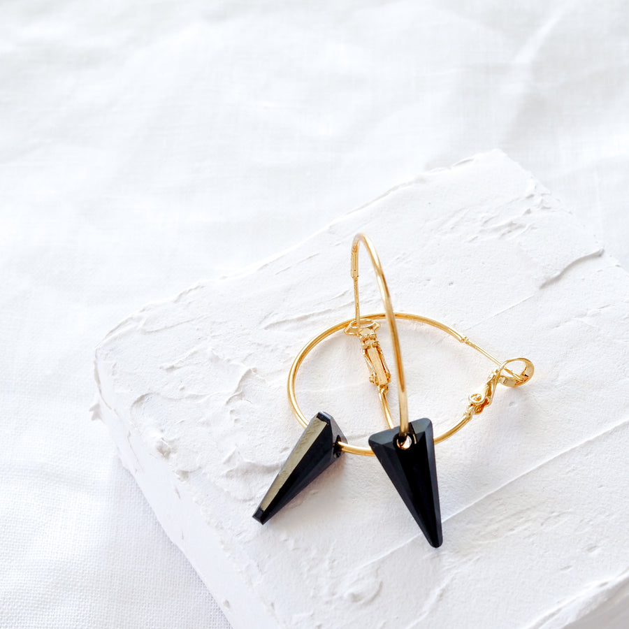Gabrielle black earrings