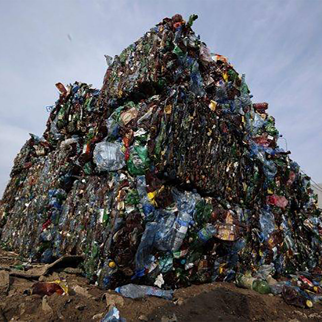 Everyday plastics quietly pollute the air as they degrade: study