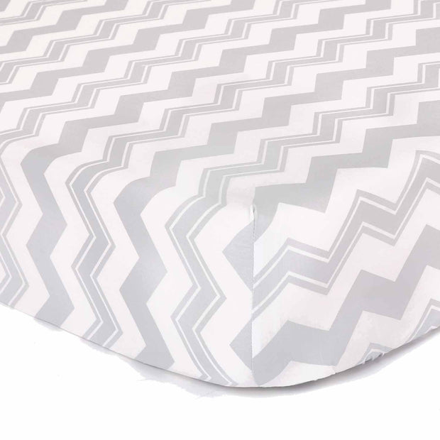 The Peanutshell Zigzag Pin Crib Starter Set In Grey - Urban Stroller