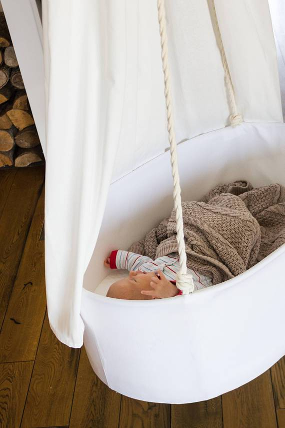 Swingy Nest Hanging Baby Bassinet in Off White - Urban Stroller