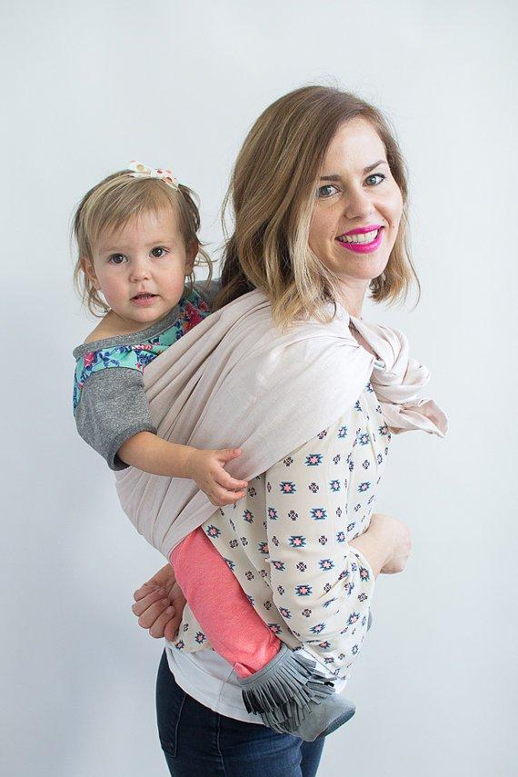 Hope Carried Linen Ring Sling in Blush - Urban Stroller