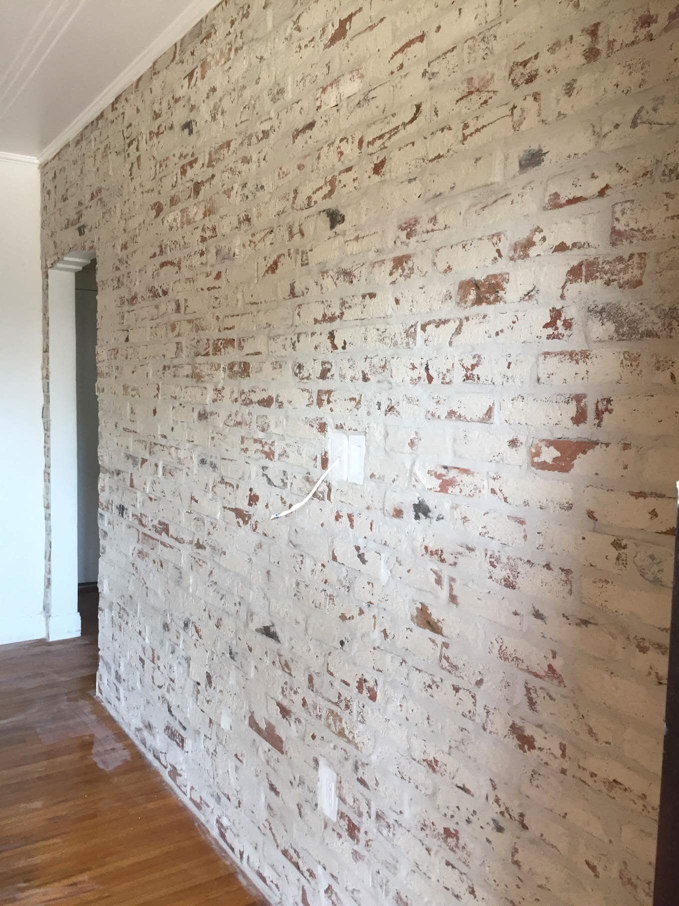 Prefect White Washed Brick Veneer Fossil Clay Veneers