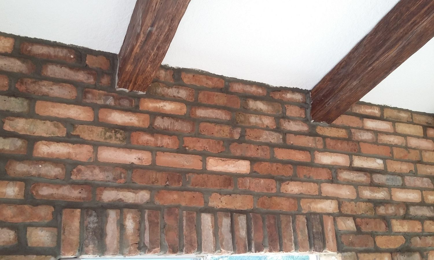 Old Chicago Brick Veneers. Install Brick Walls Any Part Of Your ...