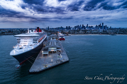 Queen Mary II in Melbourne