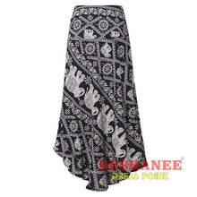 (Shop International) Floral Print Long Elegant Beach Maxi Skirt - Black / S - Clothing Bottoms 2Xl 2Xl (Women) 3Xl 3Xl (Women) Beach Free