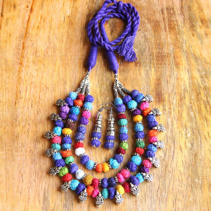 Blue thread bead necklace