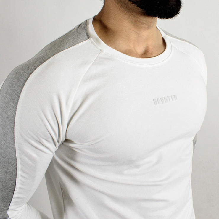 Allure Full Sleeves T-shirt White - Gym Wear - Devoted Wear | Sports Wear - Closeup