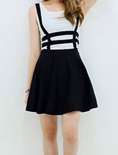 Material: Polyester  Length: Mini  Silhouette: A-Line  Pattern Type: Solid  Weight: 0.227KG  Package Contents: 1 x Skirt