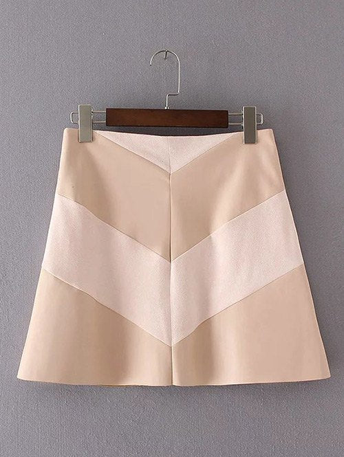 Material: Faux Leather,Polyester  Length: Mini  Silhouette: A-Line  Pattern Type: Patchwork  Season: Fall,Spring  With Belt: No  Weight: 0.420kg  Package Contents: 1 x Skirt