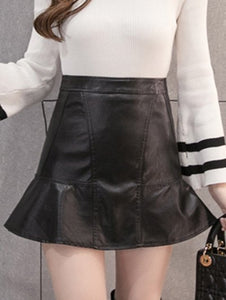 Material: Faux Leather  Length: Mini  Silhouette: A-Line  Pattern Type: Solid  Season: Fall,Spring,Winter  Weight: 0.470kg  Package Contents: 1 x Skirt