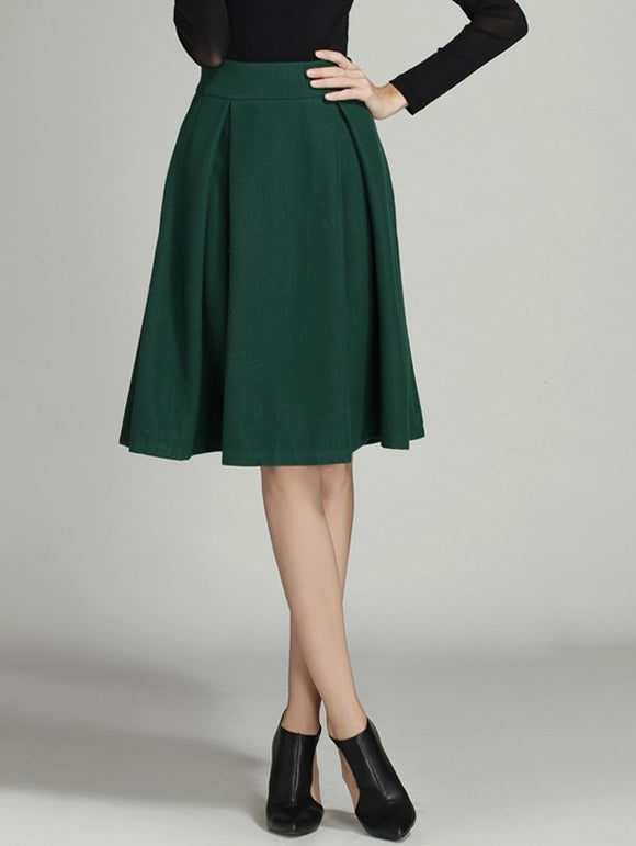 Material: Cotton Blends,Polyester,Wool  Length: Knee-Length  Silhouette: A-Line  Pattern Type: Solid  Embellishment: Ruched  Season: Fall,Winter  Weight: 0.520kg  Package Contents: 1 x Skirt