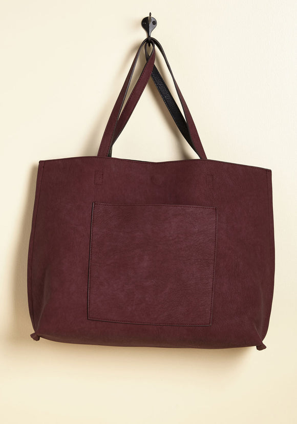 totes-awesome-revesible-bag-in-plum-black