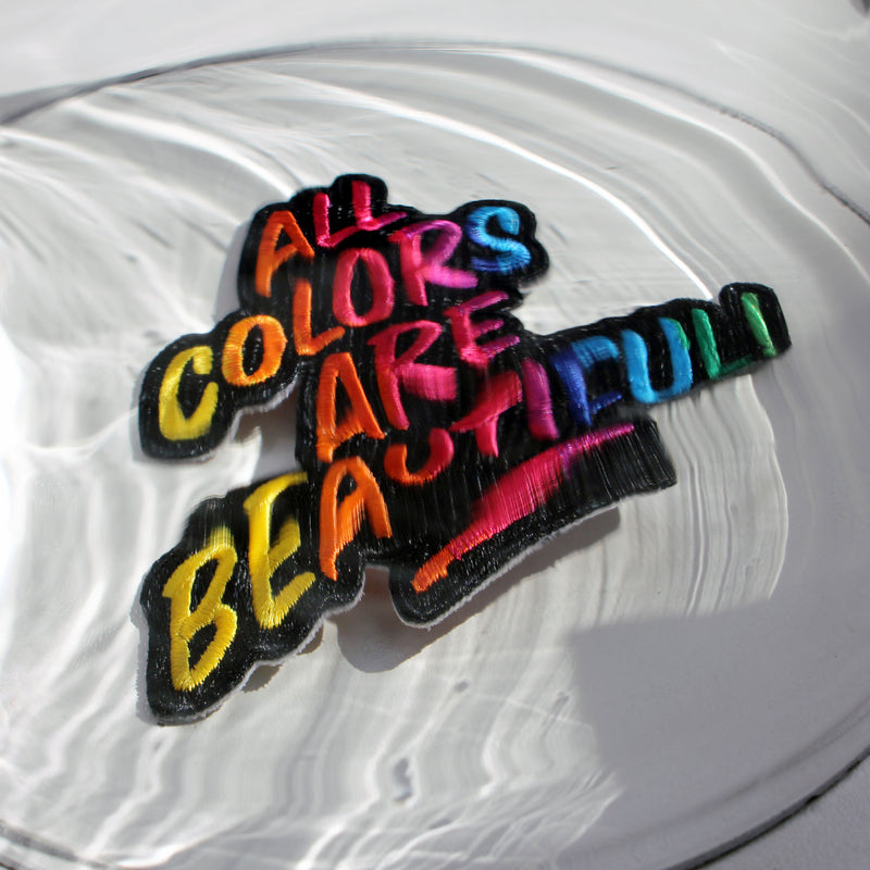 ALL COLORS ARE BEAUTIFUL Iron-on Patch -Manitober-nachhaltige-Kinderbekleidung-Bio-Baumwolle