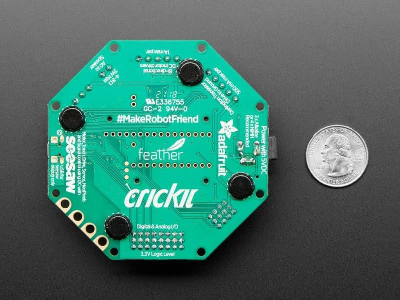 Adafruit Crickit Featherwing For Any Feather (Id: 3343) - Accessories And Breakout Boards