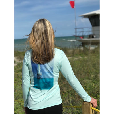 Alligator Lighthouse / Mint V-neck - Quick Dry UPF 50+ Ladies Long Sleeve