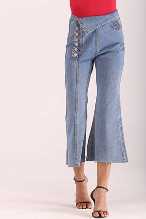 SIDE BUTTONS JEANS WITH FLARED LEGS