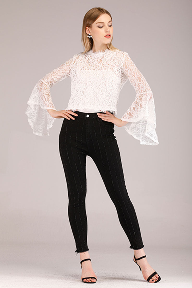 WHITE LACE TOP WITH FLARED SLEEVES