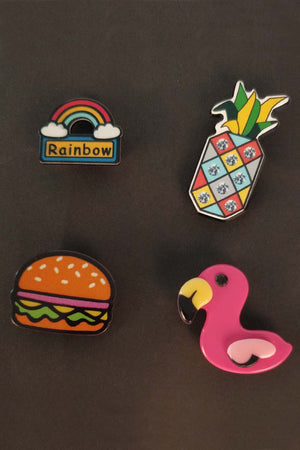 PINEAPPLE AND FLAMINGO PINS