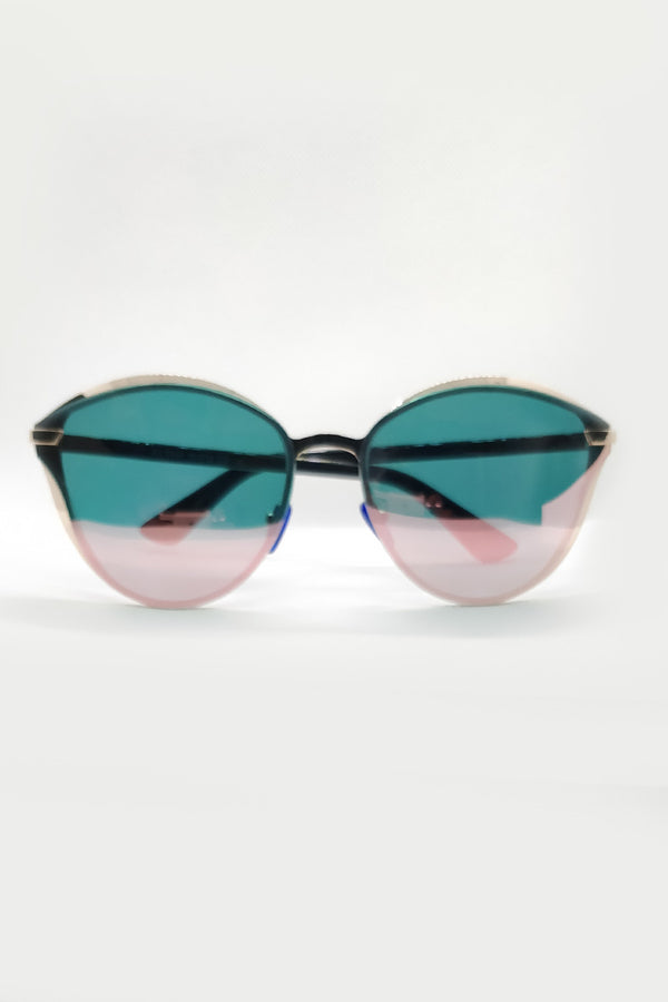 DUAL SHADE BUTTERFLY SUNGLASSES - Mantra Pakistan