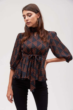 Mantra Pakistan GEOMETRICAL PRINTED TOP | TOPS